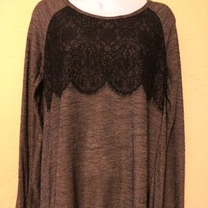 Maurices lace accent top